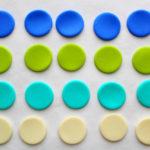 Collier en Cernit bleu