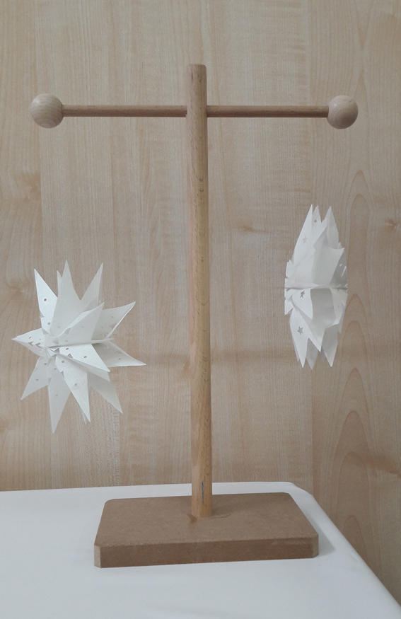 comment faire une toile de no l avec un sac en papier. Black Bedroom Furniture Sets. Home Design Ideas
