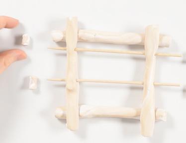 Réaliser un support à bijoux imitation bois flotté en Fimo - étape 11