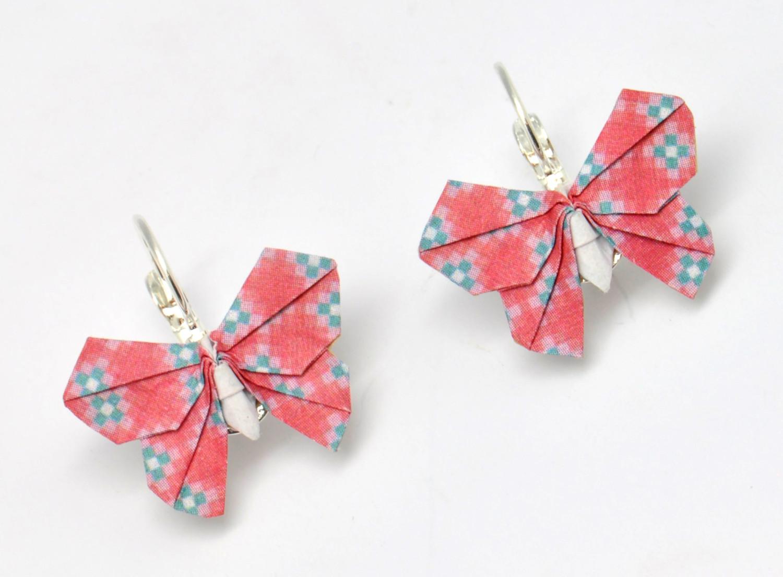 Ravissantes boucles d/'oreilles en c\u00e9ramique Papillons